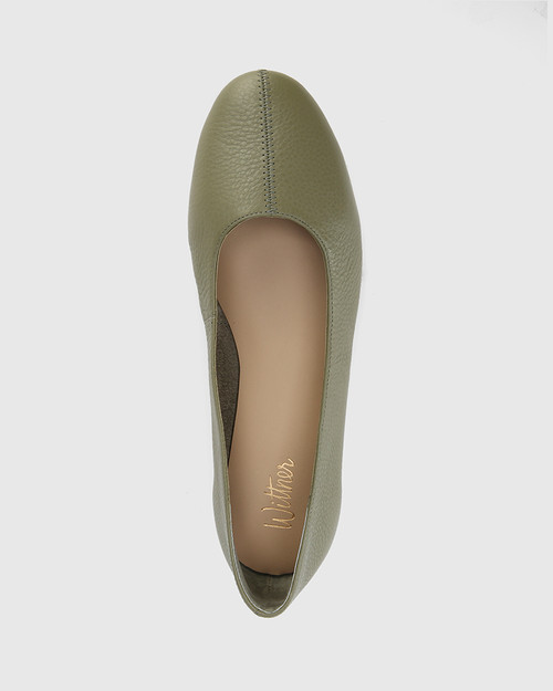 Art Utility Green Leather Round Toe Flat