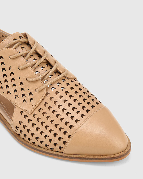 Erving Natural Leather Lasercut Flat Brogue