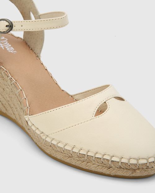 Zabel Buttercream Leather Espadrille Wedge. & Wittner & Wittner Shoes
