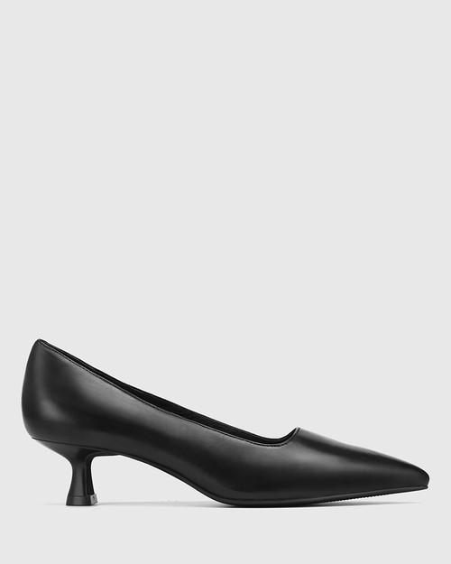 Gavina Black Leather Kitten Heel Pump & Wittner & Wittner Shoes