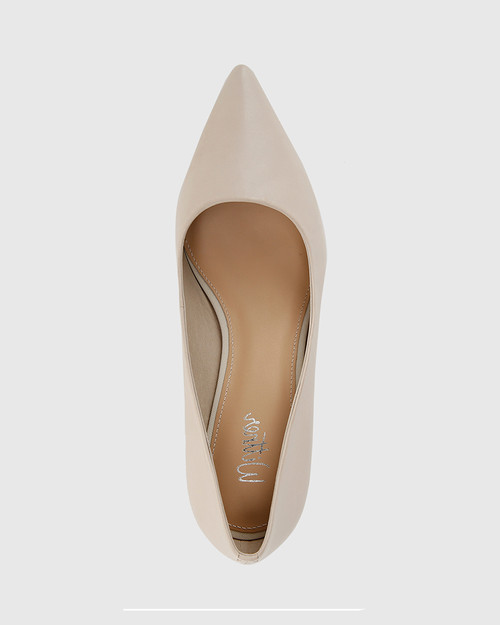 Daiko Ivory Leather Stiletto Heel Point Toe.