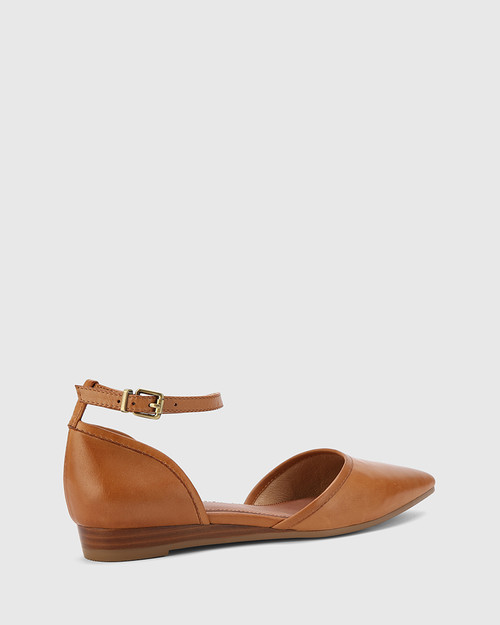Ariel Coconut Leather Low Wedge Flat. & Wittner & Wittner Shoes