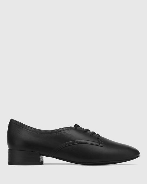 Celsa Black Leather Lace Up Brogue & Wittner & Wittner Shoes