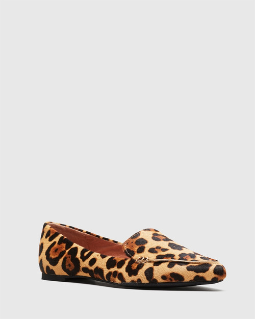 Packhamm Leopard Print Hair-on Leather Pointed Toe Loafer.