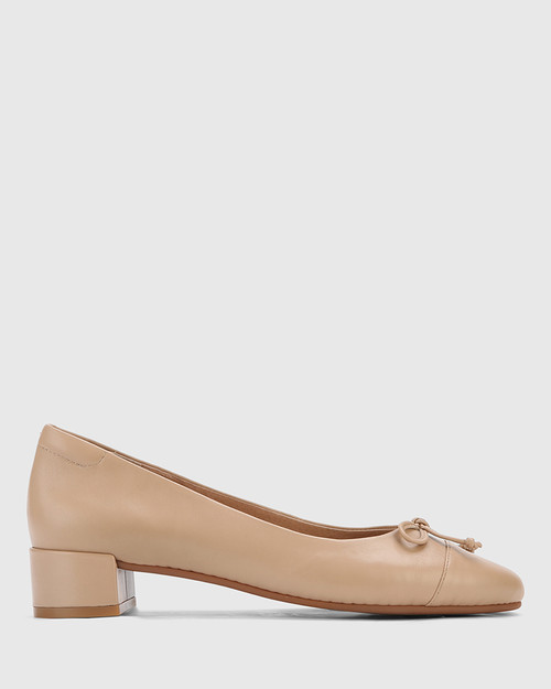Barbra Sesame Leather Low Block Heel Flat. & Wittner & Wittner Shoes