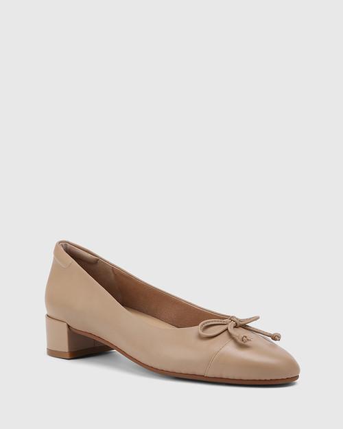 Barbra Sesame Leather Low Block Heel Flat.