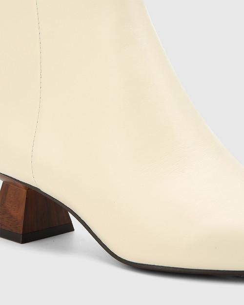 Gotham Buttercream Leather Sculptured Heel Ankle Boot. & Wittner & Wittner Shoes