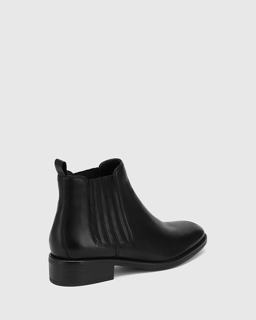 Sheppard Black Leather Ankle Boot & Wittner & Wittner Shoes