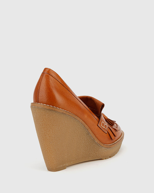 Tanya Coconut Leather Round Toe Wedge.