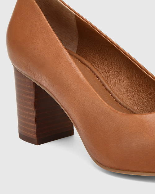 Penrose Dark Cognac Leather Block Heel Pump & Wittner & Wittner Shoes