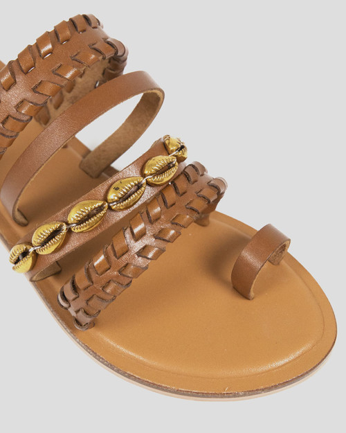 Idalah Tan Leather Shell Detail Flat Sandal.