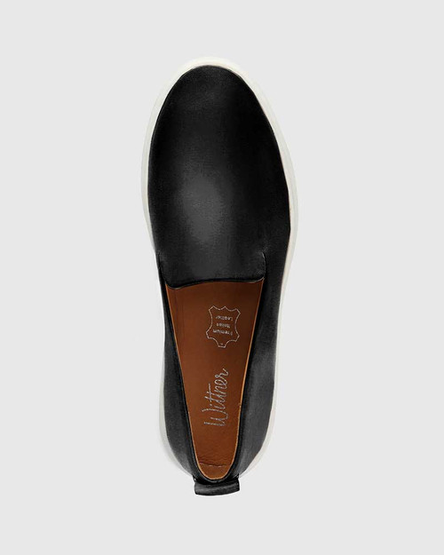 Sione Black Leather Round Toe Loafer & Wittner & Wittner Shoes