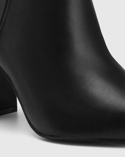 Haldo Black Leather Block Heel Bootie