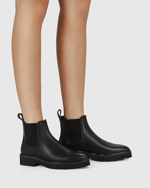Comika Black Leather Rubber Sole Ankle Boot