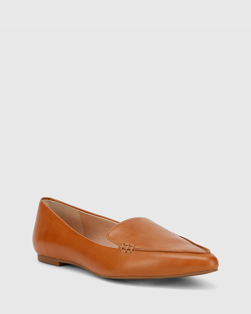 Packhamm Tan Leather Pointed Toe Flat.