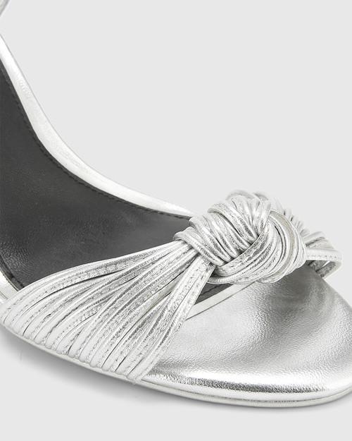 Ivena Heel. & Wittner & Wittner Shoes