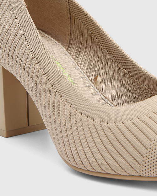 Perfection New Beige Recycled Flyknit Pump