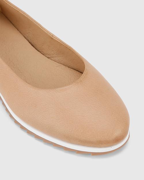 Bindi Natural Leather Round Toe Slip On Flat.