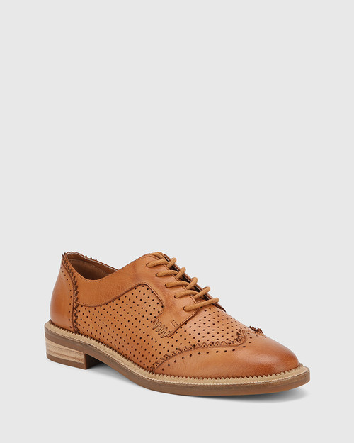 Canan Coconut Brown Leather Pin Punch Lace Up Leather Brogue. & Wittner & Wittner Shoes