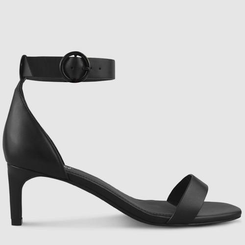 Nordic Sandal.