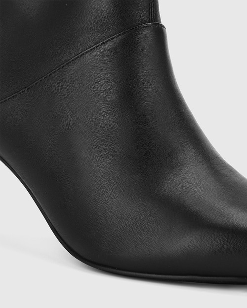 Daffy Black Leather Stiletto Long Boot. & Wittner & Wittner Shoes