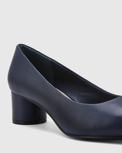 Galore Oxford Blue Leather Round Toe Pump. & Wittner & Wittner Shoes
