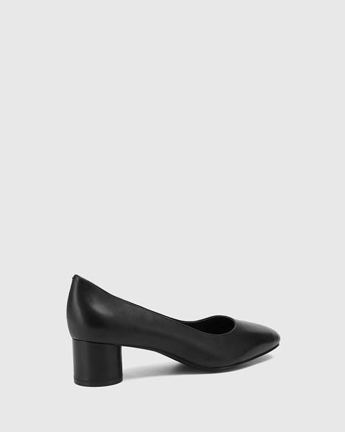 Galore Black Leather Round Toe Pump. & Wittner & Wittner Shoes