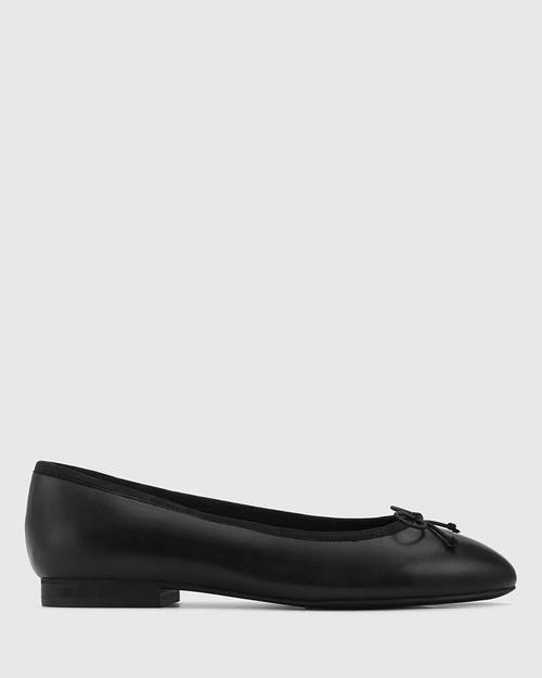 Aroma Black Leather Ballet Flat. & Wittner & Wittner Shoes