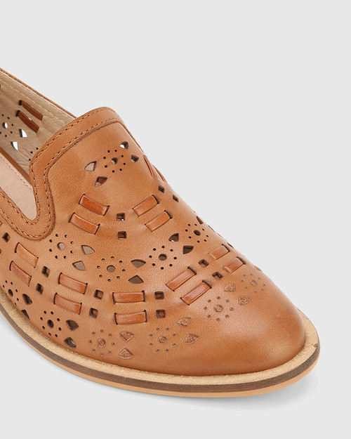 Flash Dark Cognac Leather Block Heel Loafer. & Wittner & Wittner Shoes