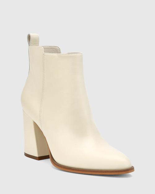 Holanda Buttercream Leather Flared Heel Ankle Boot.