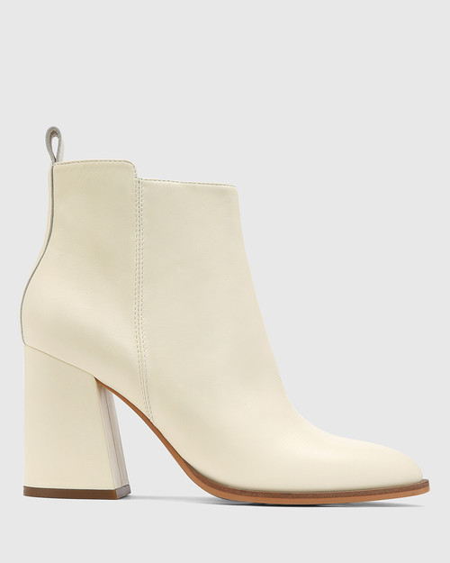 Holanda Buttercream Leather Flared Heel Ankle Boot. & Wittner & Wittner Shoes