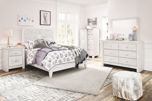 Paxberry Whitewash Dresser, Mirror, Dressing Chest & Full Panel Bed