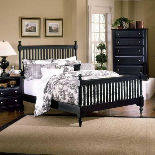 Cottage Slat Poster Queen Bed