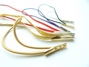 elastic loops with metal barb