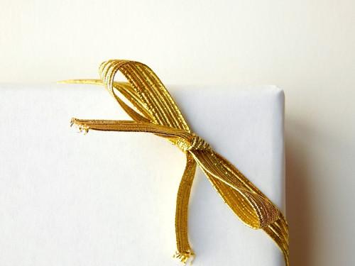 "16"" Gold Flat Elastic Bows"