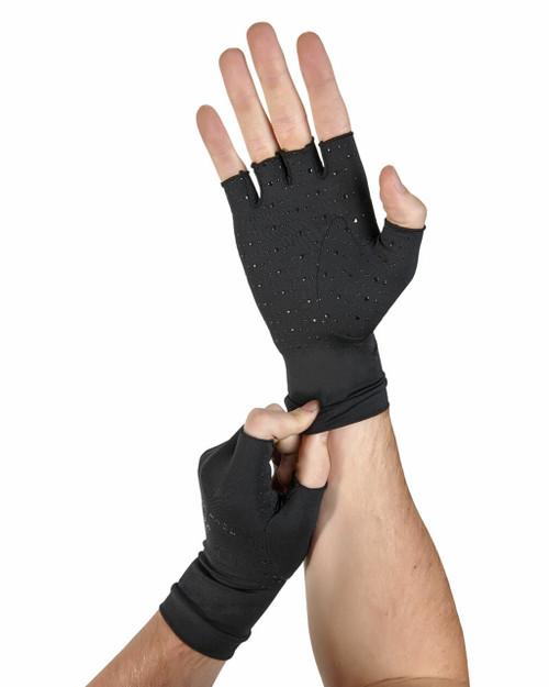 Black - Men's Core Compression Half Finger Gloves