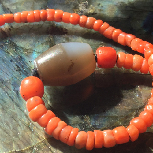 Tibetan Chung Dzi with Very Old Salmon/Red Natural Coral Beads- Yeman 16.5 grams