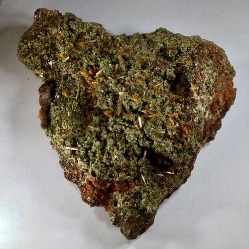 Wulfenite and Mimetite Ojuela Mine, Mapimi, Durango, Mexico 1100 grams