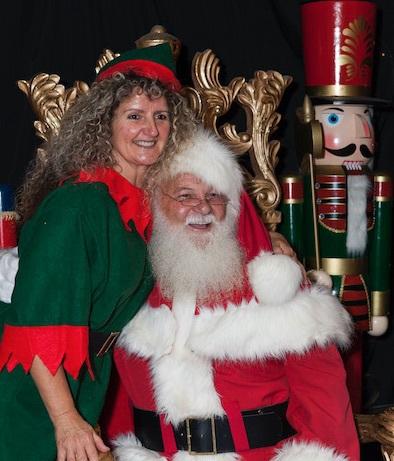 christmas-elves-family-day-03.jpg