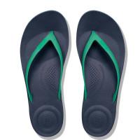 FitFlop iQUSHION Ergonomic Flip-Flops Parakeet Green Top