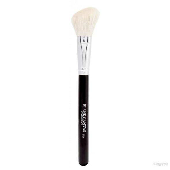 F04 Angled Blush Contour Face Brush
