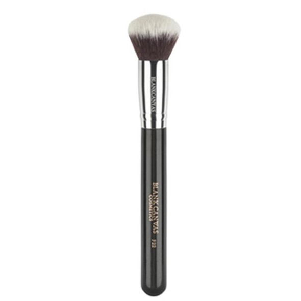 F22 Multi Purpose Round Top Face Brush