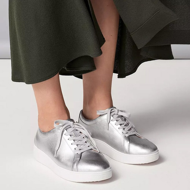 FitFlop™ Rally Sneaker - Silver live