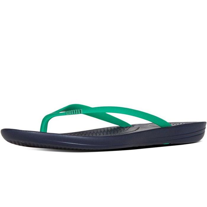 FitFlop iQUSHION Ergonomic Flip-Flops Parakeet Green