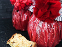 Traditional Panettone With Pompom