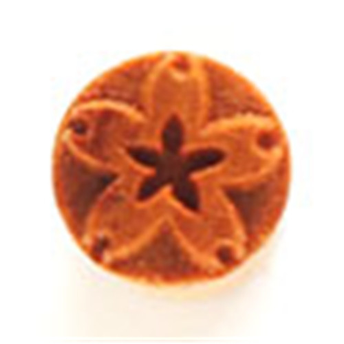 SCS-002 Embossed Flower - 1.5 cm Round Stamp