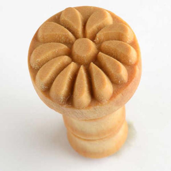 SCM-101 Flower - 2.5 cm Round Stamp