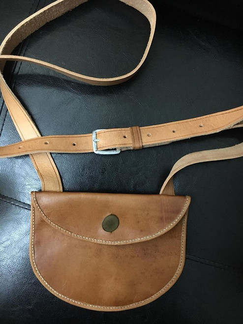 Veg Tanned Small Shot Pouch with Brass button