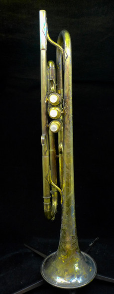 Preowned Conn 2B in Gold Plate from the Endsley Collection!  (Lot 116)
