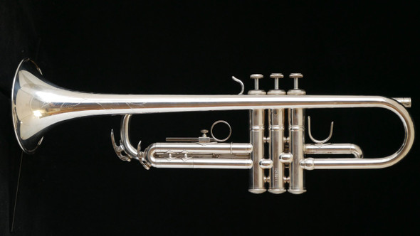 Pre-Owned Jean Baptiste JBTP483SX Deluxe Engraved Trumpet in Silver Plate!